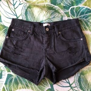 AMUSE Society Jean shorts